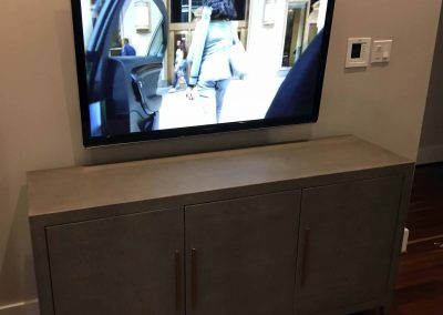 TV 45' with Internal Concealment